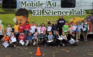 Chester Street PTO and Department of Agriculture Sponsor a Mobile Agricultural Science Lab