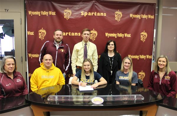Laudenslager Signs with Wilkes